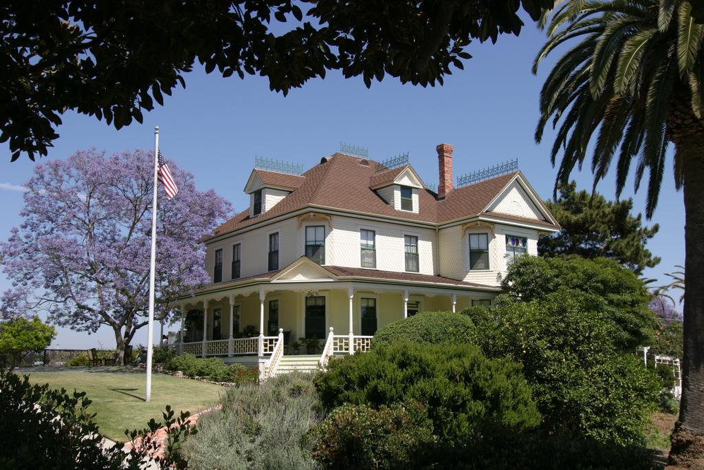 Noyes house for Noyes home